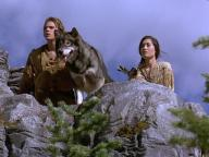 White Fang-2: Myth of the White Wolf